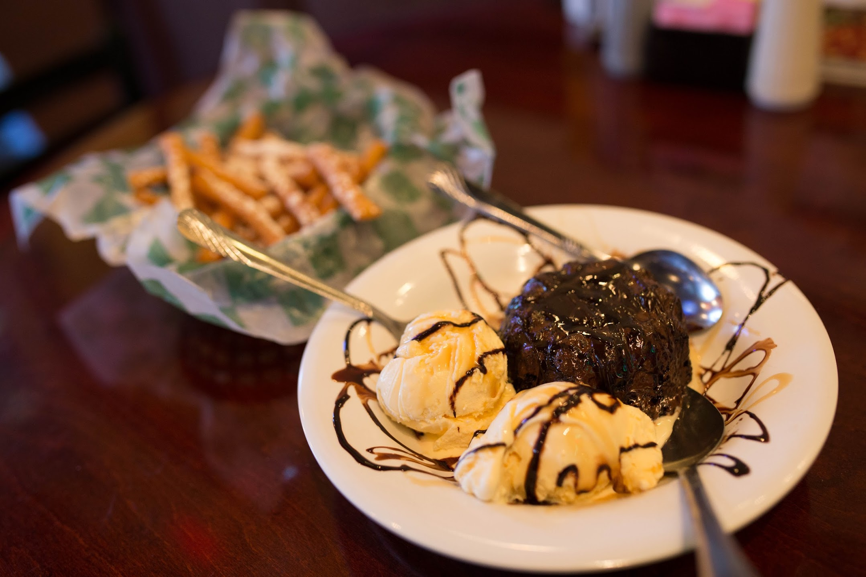 tasty-ice-cream-on-a-plate