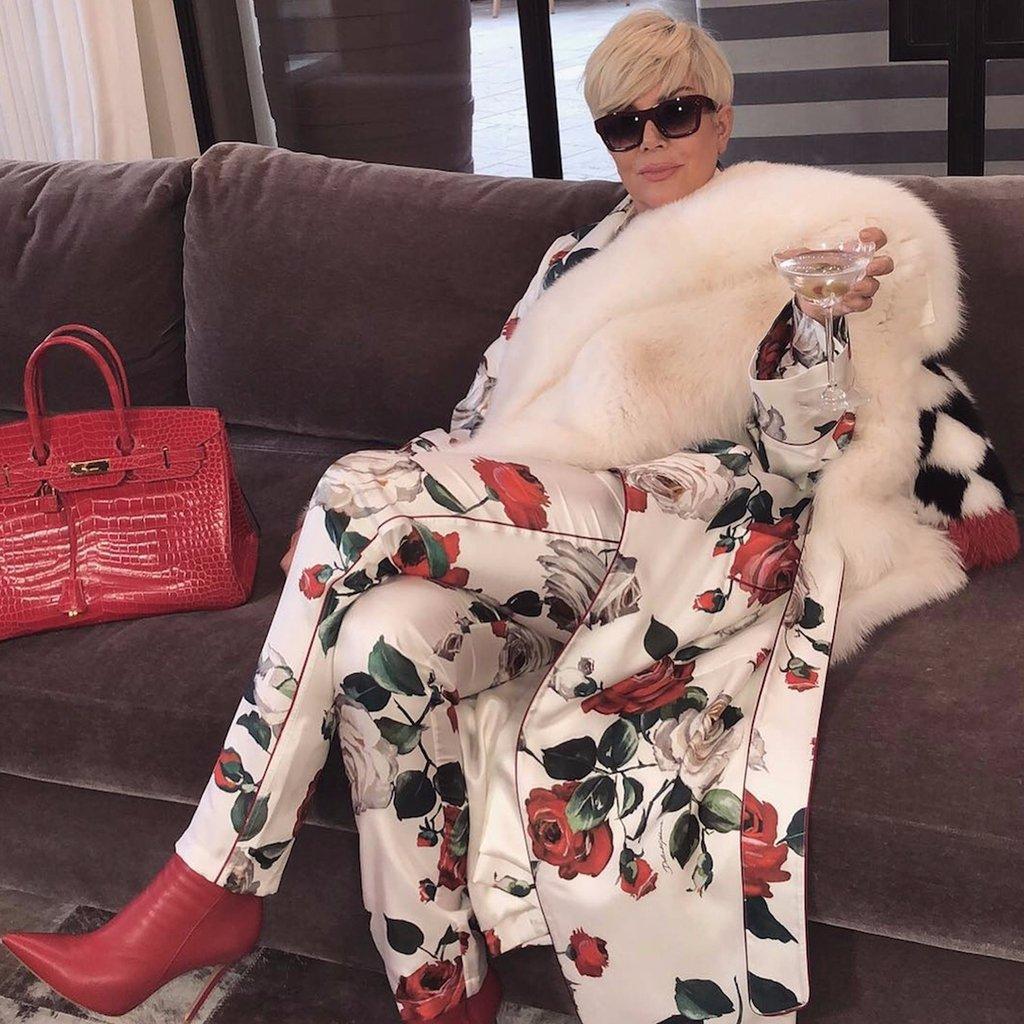Kris-Jenner-Platinum-Blonde-Hair-Memes.jpg